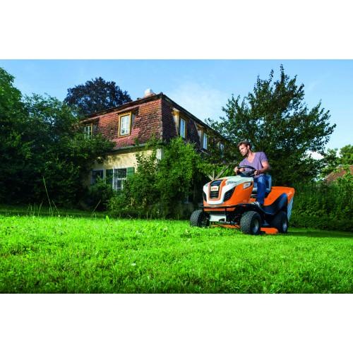 Vejos pjovimo traktorius STIHL RT 6112 C